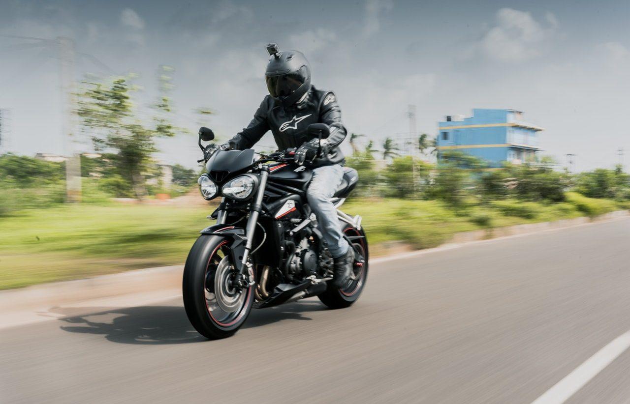 Ubiór istotny podczas jazdy na motocyklu